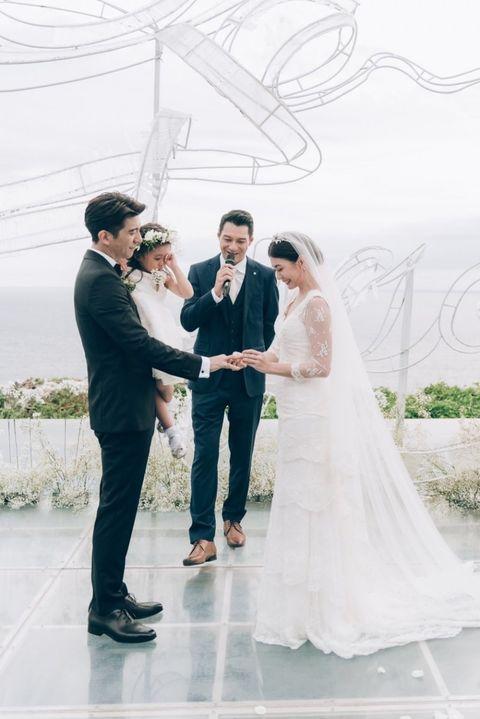 Photograph, Bride, White, Wedding dress, Bridal clothing, Veil, Wedding, Dress, Gown, Ceremony,
