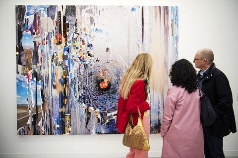 Art, Visual arts, Fashion, Art gallery, Vernissage, Street fashion, Design, Event, Modern art, Art exhibition,