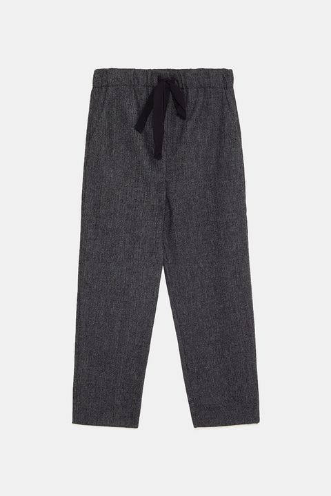 Clothing, Trousers, Pocket, Jeans, Denim, Shorts, Sportswear, Active pants, sweatpant,