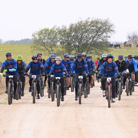 Cycling, Bicycle, Vehicle, Cycle sport, Outdoor recreation, Social group, Recreation, Mountain bike, Transport, Team,