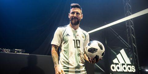 0a9f08fec52 2018 World Cup Soccer Ball — World Cup Soccer Ball History