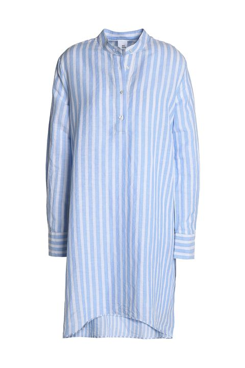 Clothing, Blue, White, Sleeve, Shirt, T-shirt, Collar, Turquoise, Button, Dress shirt,