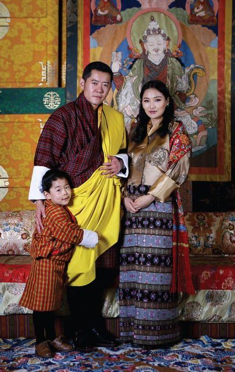 bhutan royal family king jigme queen jetsun pema