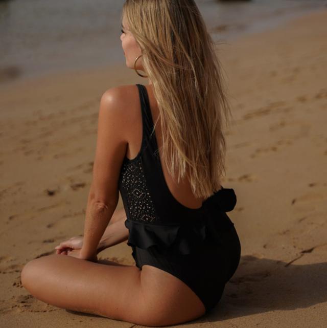 honeydressing bañador negro