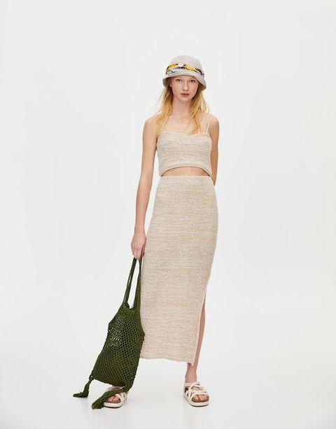 el precio más bajo 53918 7e2ed Esta falda midi de Pull&Bear de 23 € es la prenda que más ...