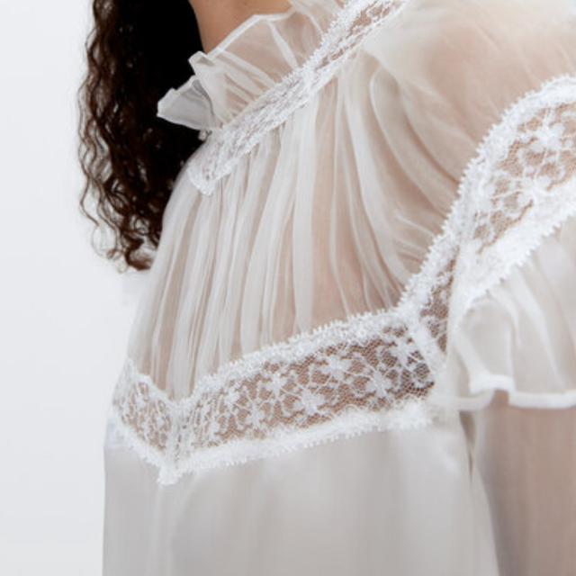 uterqüe blusa blanca