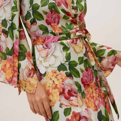 Mango vestido floral invitadas