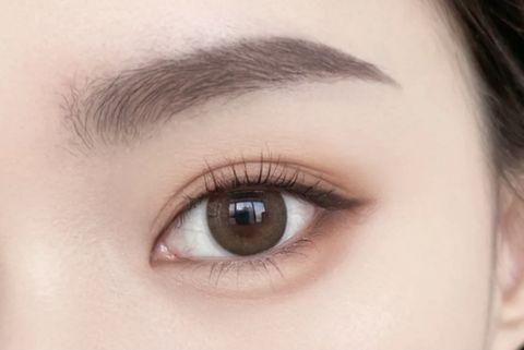 口罩妝容重點韓系臥蠶眼妝提亮眼下放大雙眼眼影盤推薦