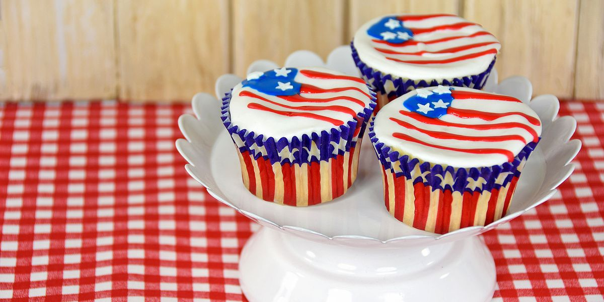Colorful Cake and Cupcake Recipes for Your July 4th Cookout