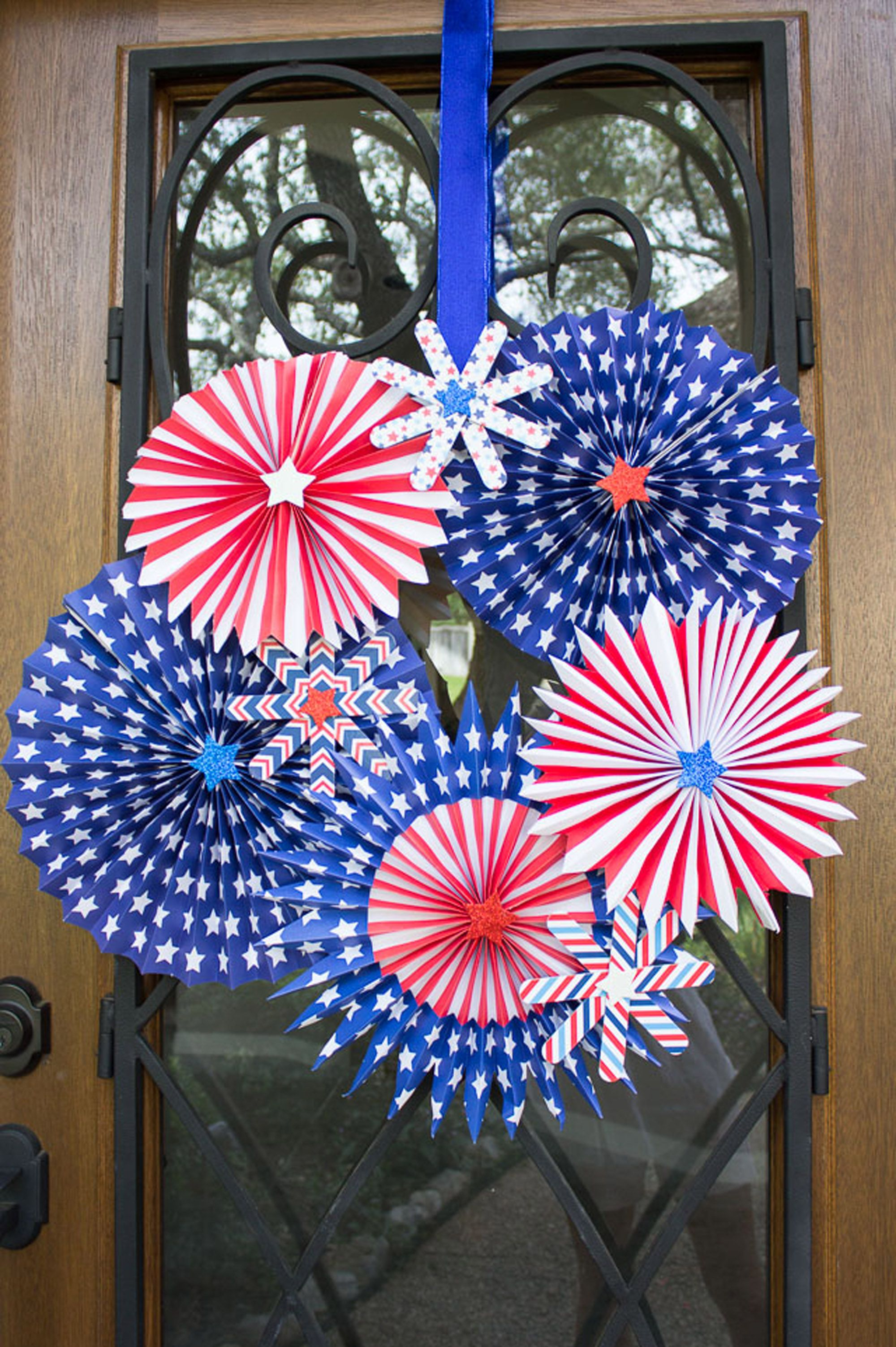 4th of july wreaths fans