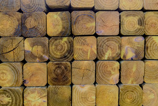 4x4 wood fence posts in a grid formation