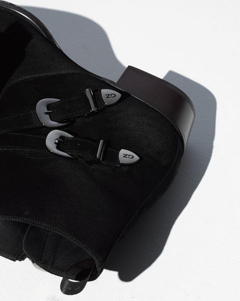 a closer look at those all important buckles, as well as the slightly raised heel