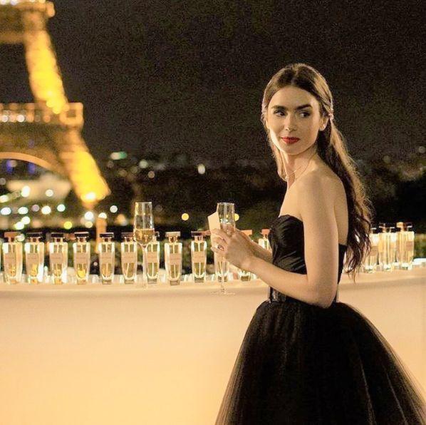 emily in paris, lily collins, netflix, netflix影集, 慾望城市, 艾蜜莉在巴黎, 莉莉柯林斯, 莉莉柯林斯ig, 莉莉柯林斯影集, 莉莉柯林斯電影