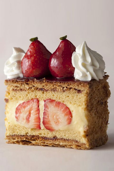 Dish, Food, Cuisine, Cake, Dessert, Strawberries, Baked goods, Strawberry, Torte, Whipped cream,