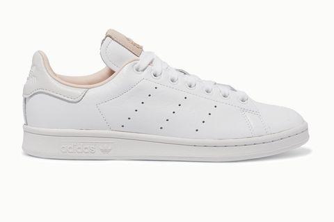 ADIDAS ORIGINALS Stan Smith 麂皮皮革拼接小白鞋,約 NT. 2,560