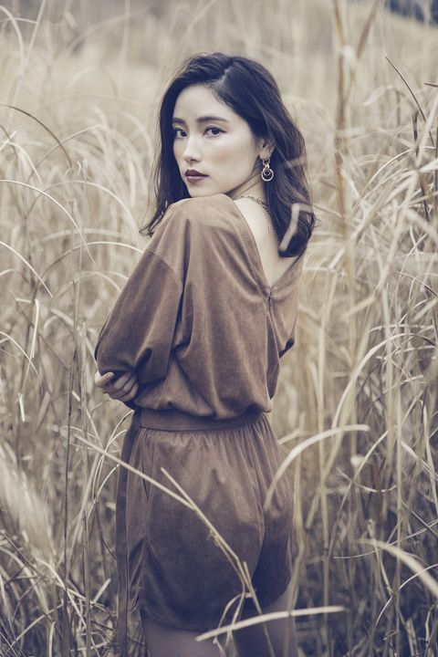 People in nature, Photograph, Beauty, Grass, Lip, Vintage clothing, Long hair, Photography, Photo shoot, Grass family,