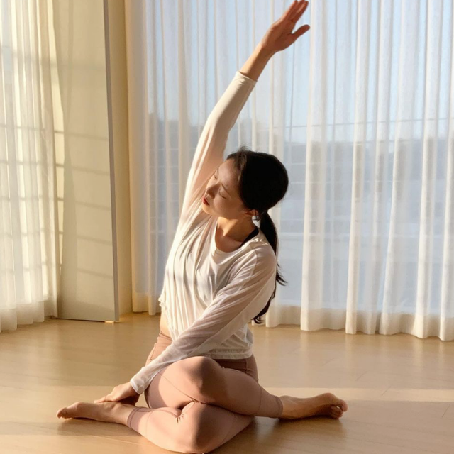 基礎7招上半身 居家瑜珈 消去富貴包 矯正駝背 解決呼吸不順