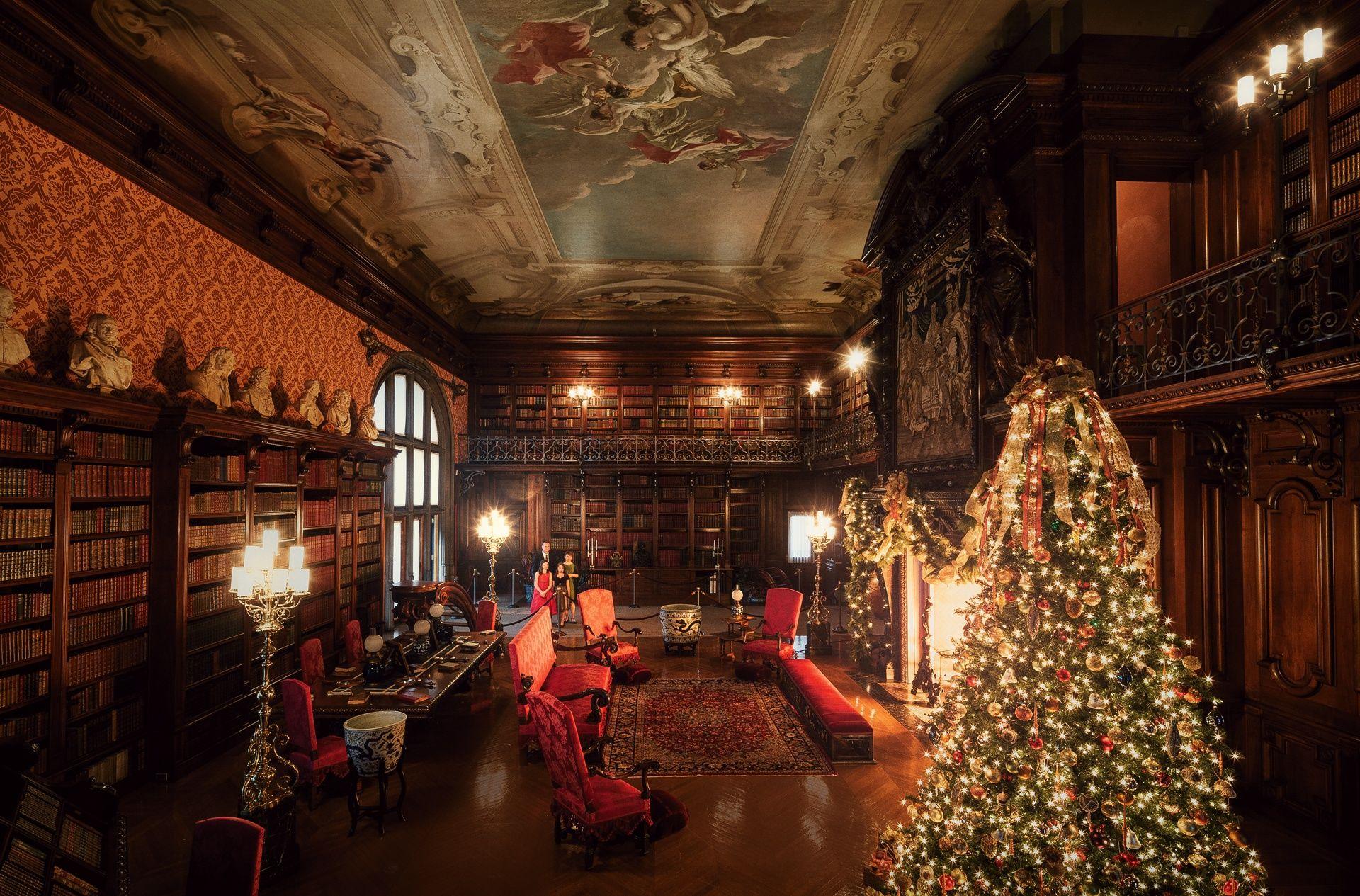 Christmas Cost Biltmore 2021