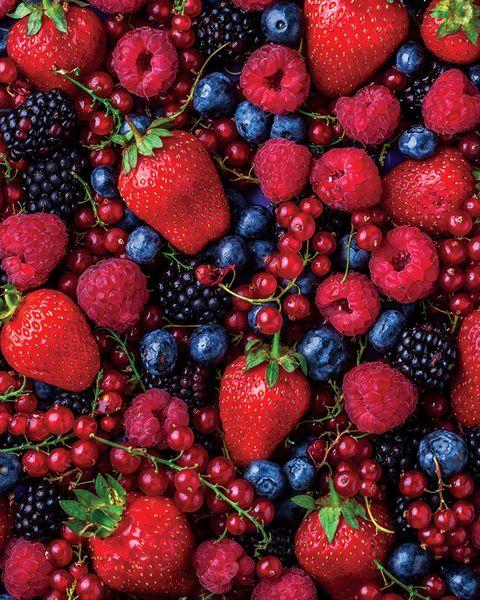 Berriesstrawberries raspberries cranberries blueberries
