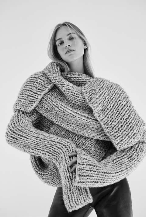Clothing, White, Wool, Black, Woolen, Outerwear, Shawl, Knitting, Wrap, Black-and-white,