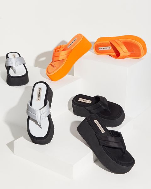 6e685bd5dae Steve Madden Brought Back Its Iconic  90s Flip Flops for Summer 2019