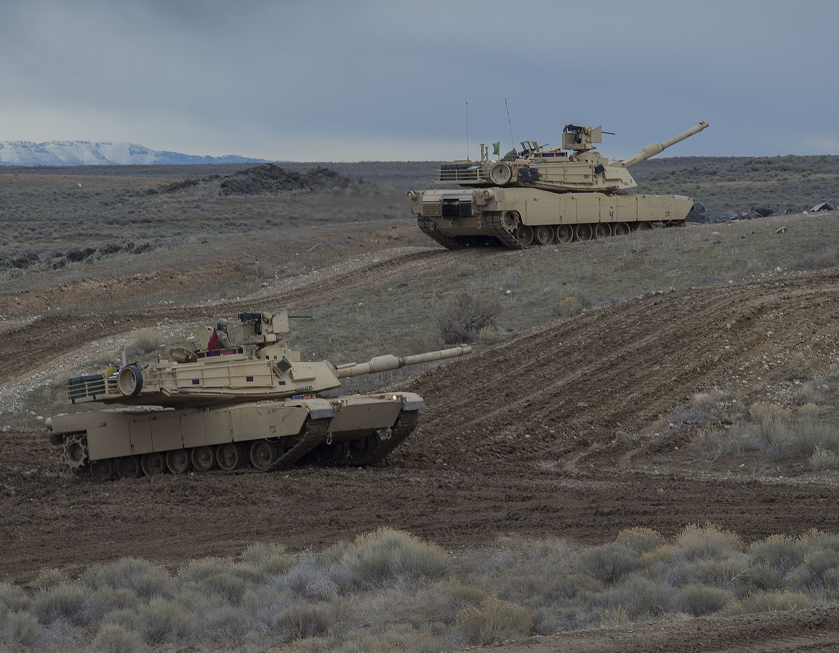 Future Tanks Could Be Powered by Electricity