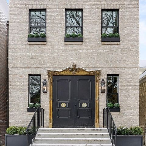 This Quot Windy City Rehab Quot House Is On The Market For 1 45