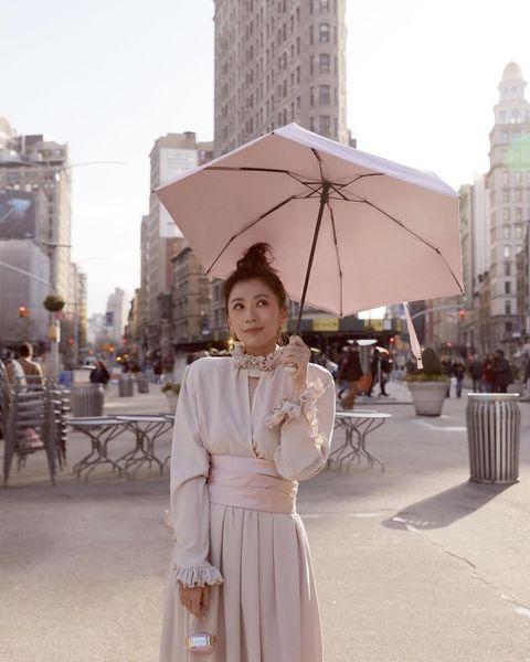 White, Umbrella, Photograph, Pink, Snapshot, Fashion, Street fashion, Shoulder, Fashion accessory, Beige,