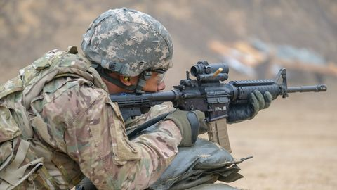 Soldier, Army, Military, Gun, Military organization, Military camouflage, Infantry, Military person, Troop, Machine gun,