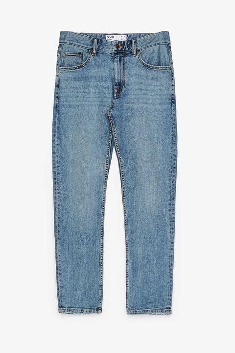 Pantalón vaquero slim fit de Bershka (19,99 euros).