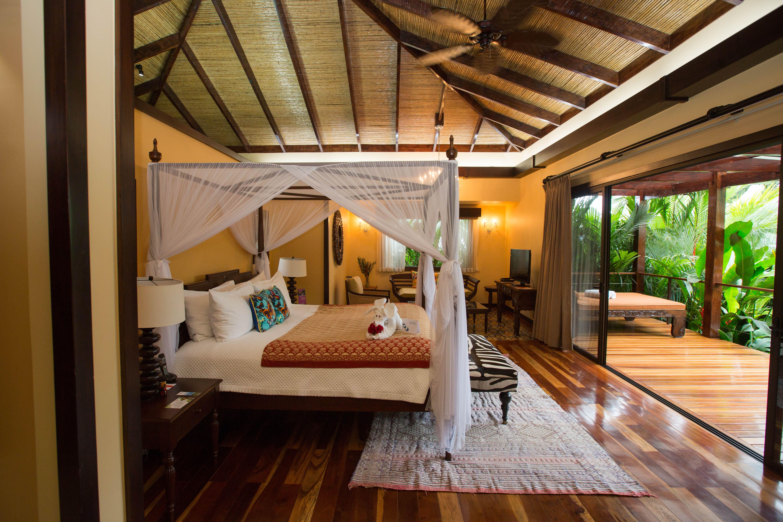 25 Best Valentines Day Decor Ideas E Senses Gloss Me Lip 15 320479 Romantic Hotels