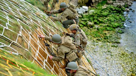 Soldier, Military, Military organization, Abseiling, Infantry, Army, Marines, Plant, Military uniform, Troop,