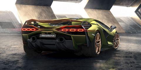 Lamborghini Sián Kicks Off Lambo's Hybrid Era, Goes 218 MPH