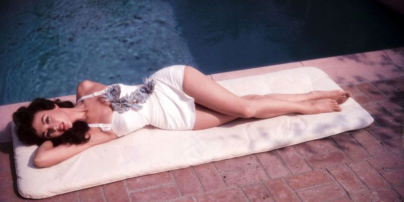 Vintage Photos of Celebrities Enjoying Summer