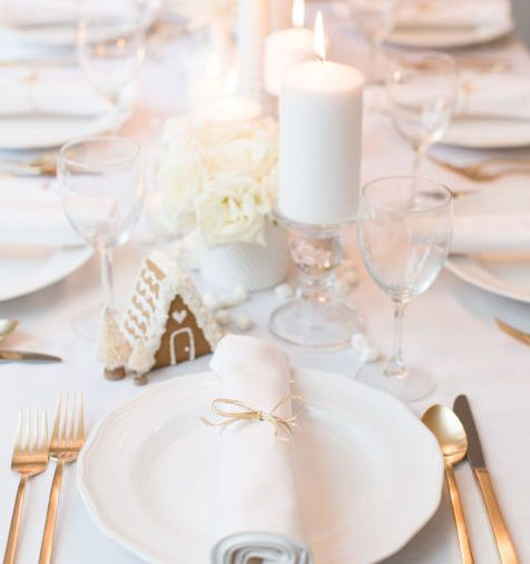 35 Elegant Christmas Table Settings Stylish Holiday Table Centerpieces
