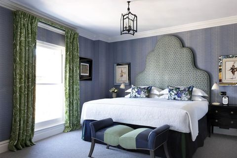 Bedroom, Room, Furniture, Interior design, Property, Bed, Bed frame, Wall, Bed sheet, Ceiling,