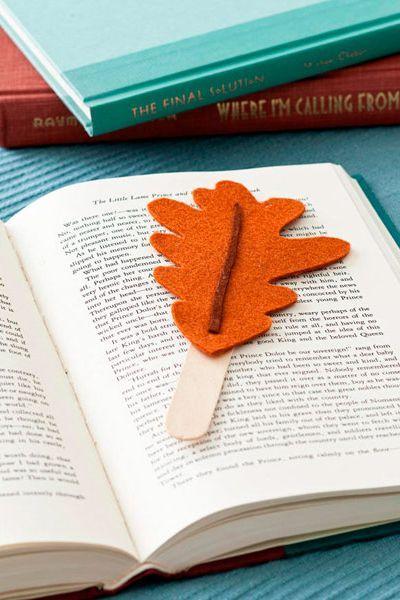 thanksgiving crafts leaf bookmark