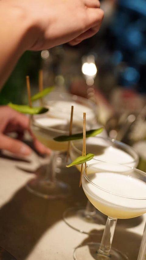 Restaurant, Hand, Food, Champagne stemware, Drink, Wine glass, Tableware, Glass, Stemware,