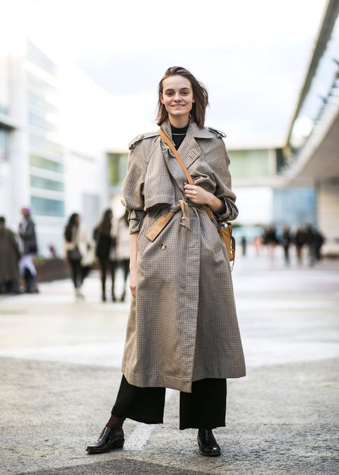 Street fashion, Clothing, Photograph, Fashion, Snapshot, Coat, Fashion model, Outerwear, Footwear, Trench coat,
