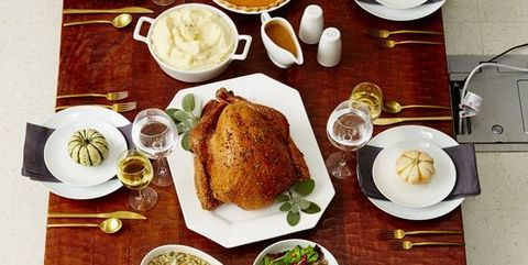 thanksgiving table settings   elle decor