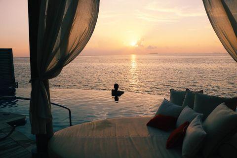 Water, Sky, Sea, Morning, Horizon, Ocean, Room, Sunrise, Sunset, Calm,