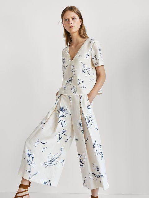 Clothing, White, Fashion model, Dress, Day dress, Waist, Sleeve, Fashion, Shoulder, Neck,