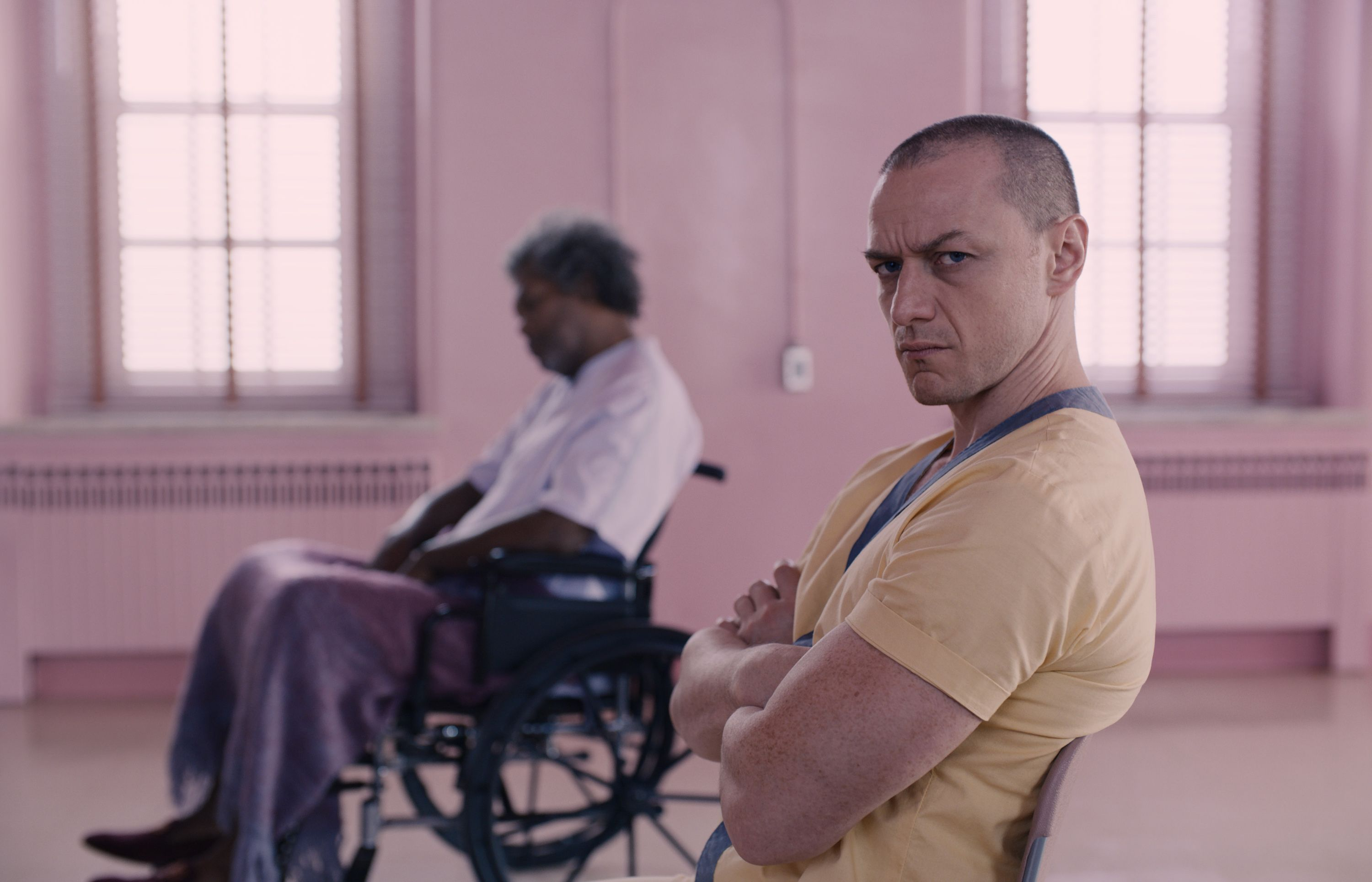 Glass Movie Review - M. Night Shaymalan Film Is a Middle Finger to Superhero Genre