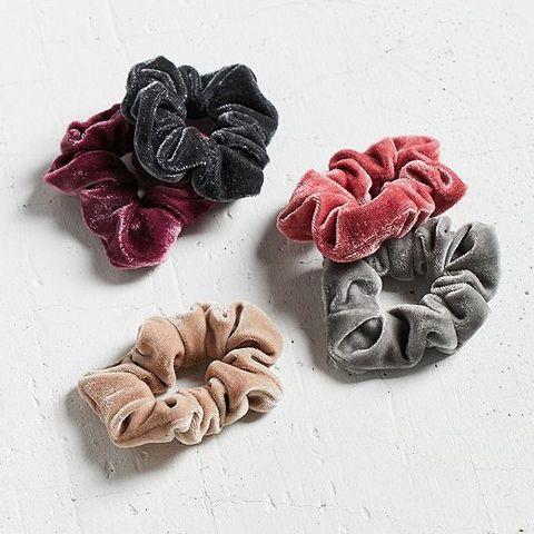 velvet-hair-scrunchie