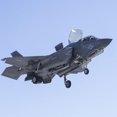 Making History: A dozen F-35Bs aboard an LHA