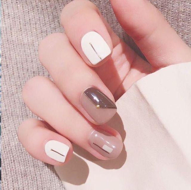 Nail polish, Nail, Manicure, Nail care, Finger, Cosmetics, Service, Hand, Peach, Material property,