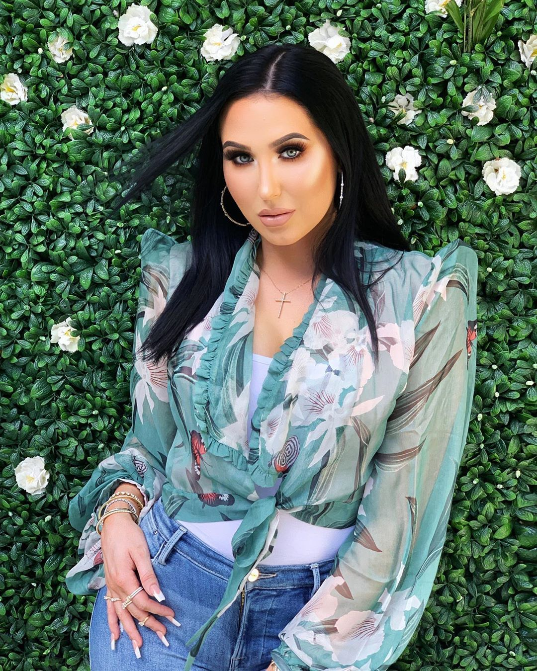 Jaclyn Hill Breaks Her Silence After Her Company Sold Damaged Lipsticks