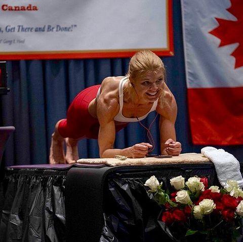 woman longest plank world record