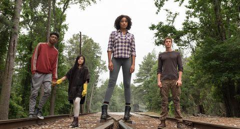 The Darkest Minds film cast.