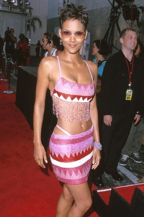 clothing, navel, pink, abdomen, fashion, carpet, leg, trunk, human body, model,